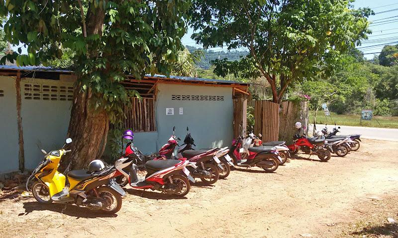 mota moto scooter tailandia