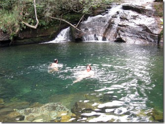 cachoeira-das-esmeraldas-carrancas-1