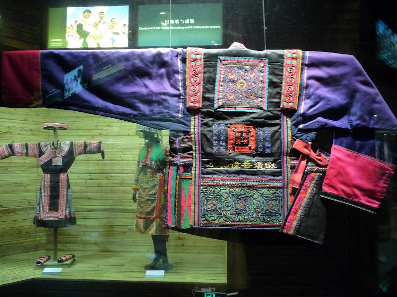 CHINE.YUNNAN.KUN MING Temple, jardin horticole,Musée des minorites - P1270460.JPG