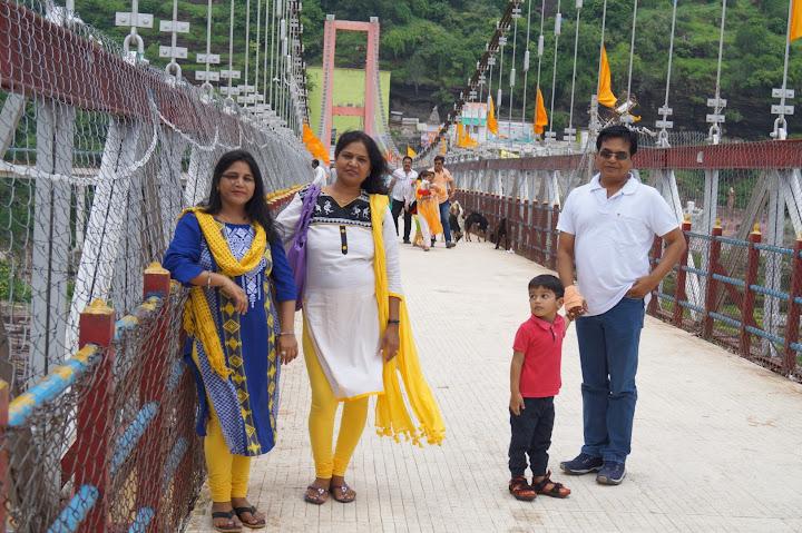 Omkareshwar and Hanmuntiya water resort - DSC06316.JPG