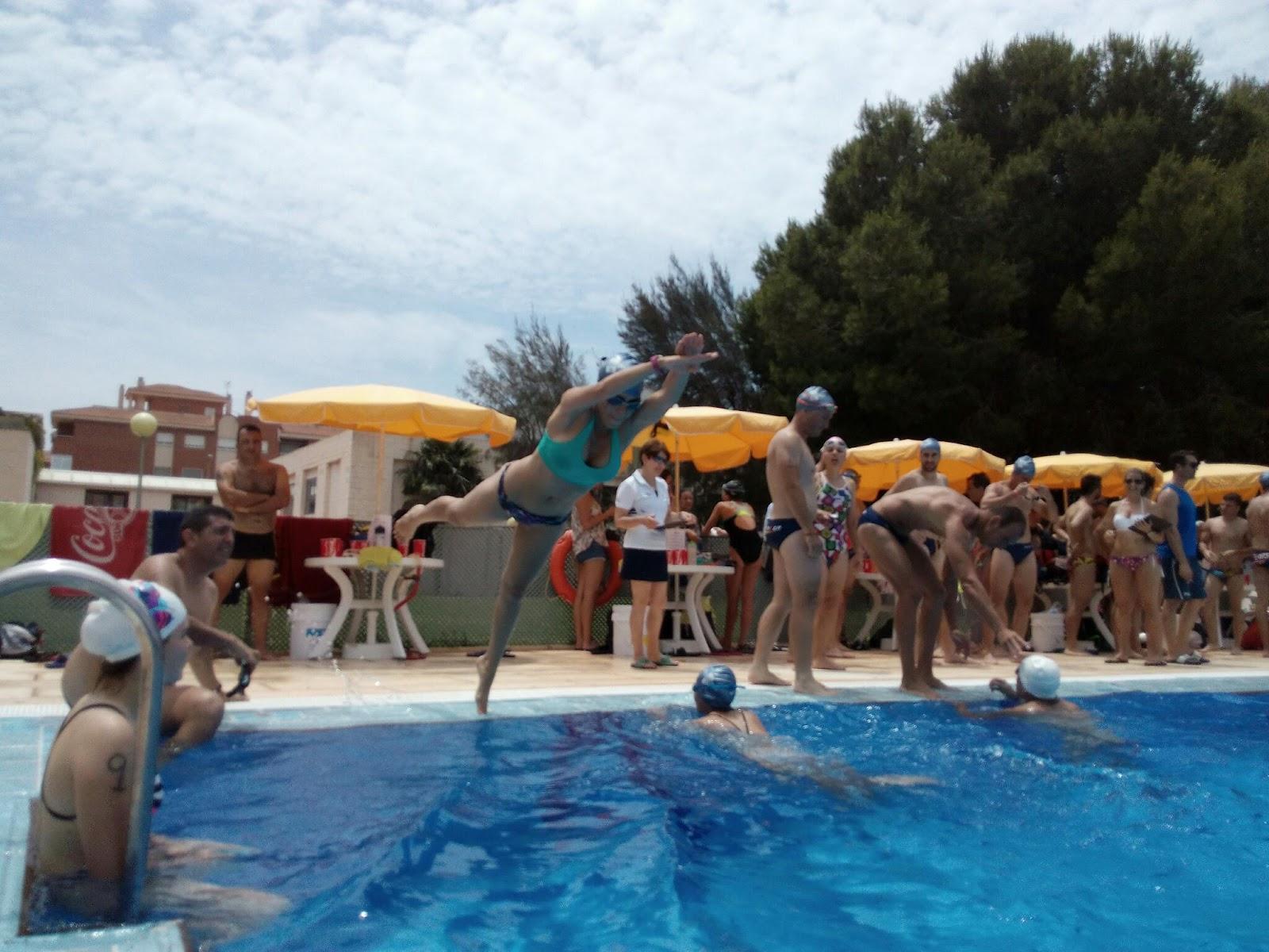 Club atletismo mandarache nataci n por relevos santa ana for Piscina 100 metros portugal