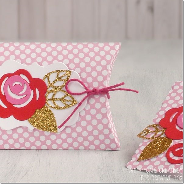 scatolina-bomboniera-Pillow Box-Frames Embellishments-Big-Shot-Sizzix-fustelle-1
