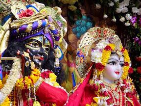 sri-radha-madhav-prana-pratishtha-36
