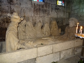 2016.03.27-038 mise au tombeau dans l'église Notre-Dame