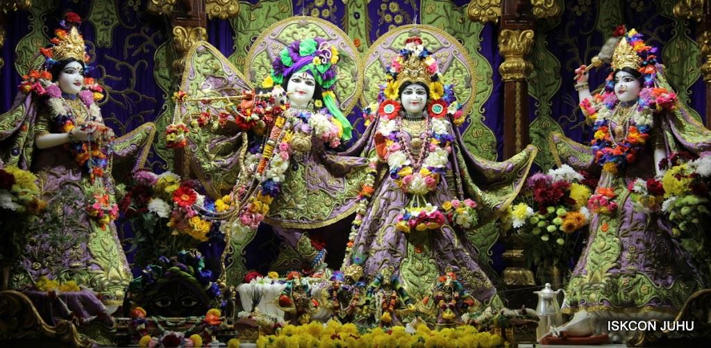 ISKCON Juhu Sringar Deity Darshan 11 Jan 2016  (44)
