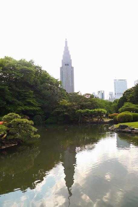 tokyo shinjuku gyoen tour NTT