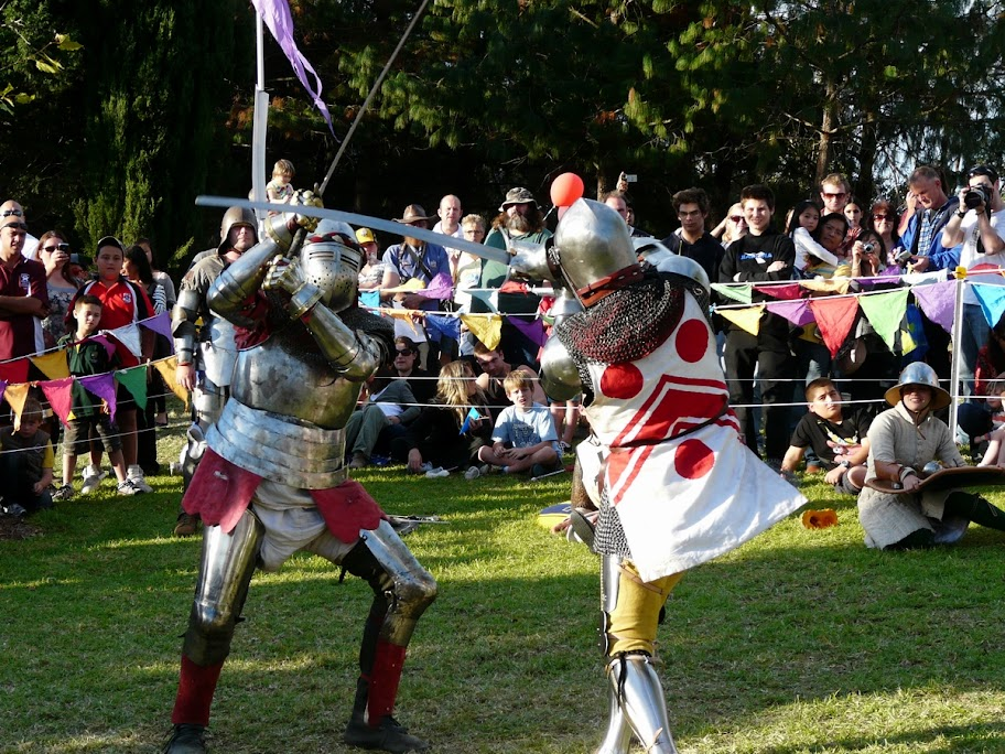 Jeremy and Hugh fight on foot with longswords.