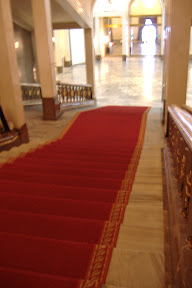 They even have a red carpet!