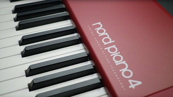 Piano4 560