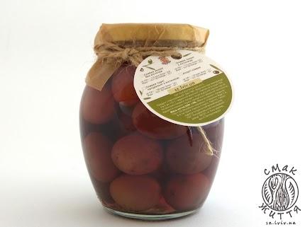 Оливки чорні натуральні з кісточкою