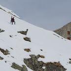 IMG_3891 - Nico et Greg qui arrivent au refuge du glacier Blanc.jpg
