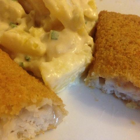 Riesenfischstäbchen mit Kartoffelsalat