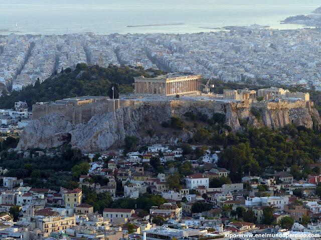 vista-acropolis-desde-monte-licabeto.JPG