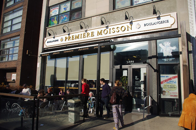 This place, remiere Moisson, was the best bakery I've ever eaten at!