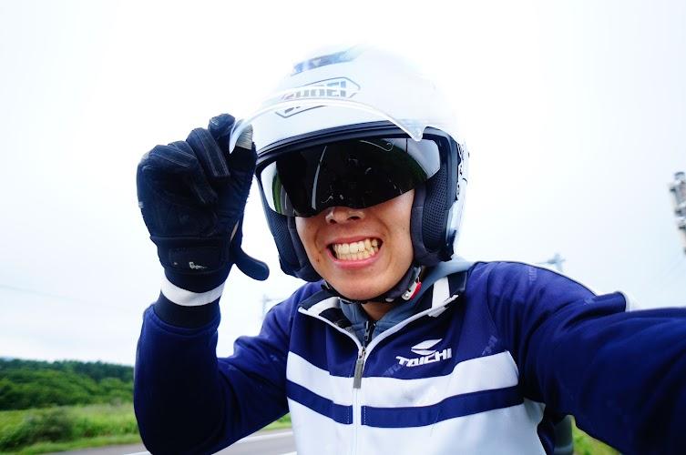 バイク用の出来るだけ軽量ヘルメットを探している …