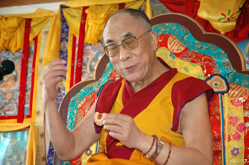His Holiness the 14th Dalai Lama during a visit to Ganden Do Ngag Shedrup Ling, Ulaanbaatar, Mongolia, 2006. Photo by Ueli Minder.