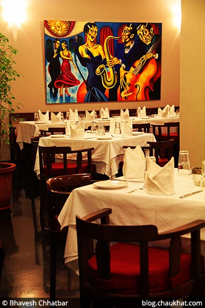Painting at Fine Dine-in at Dezio, Kalyani Nagar, Pune
