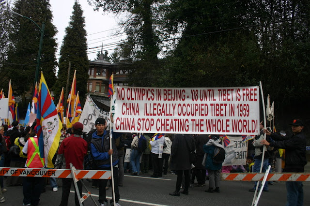 Global Protest in Vancouver BC/photo by Crazy Yak - IMG_0443.JPG