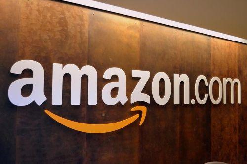 Amazon fa causa a più di 1000 utenti per False recensioni