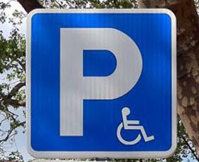 Tarjeta de estacionamiento única para las personas con discapacidad en la Comunidad