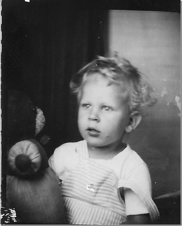 ZIMMERMAN_JOHN_WHITNEY_CIRCA_1946