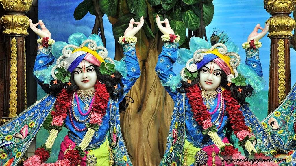 ISKCON Chowpatty Deity Darshan 18 Dec 2015 (6)
