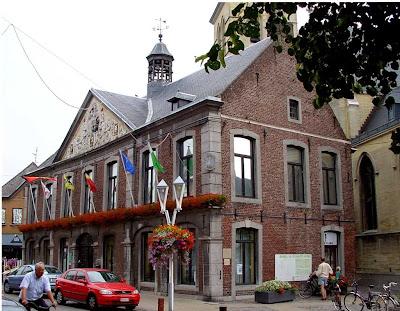 Het oude stadhuis van Bree. Werd in 1591 gebouwd, maar drastisch verbouwd in 1754.