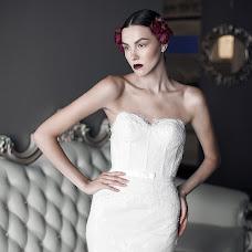 Wedding photographer Viktor Tikhonov (viktortikhonov). Photo of 09.11.2015