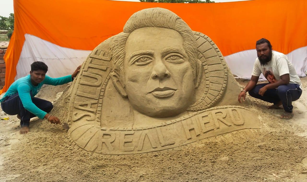 अभी देश को रियल हीरो सोनू सूद की जरूरत है:अशोक कुमार