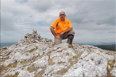 Vallegrull mendiaren gailurra 1.226 m. -  2012ko abuztuaren 24an