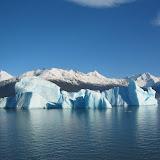 Glacial_iceberg_in_Argentina.jpg