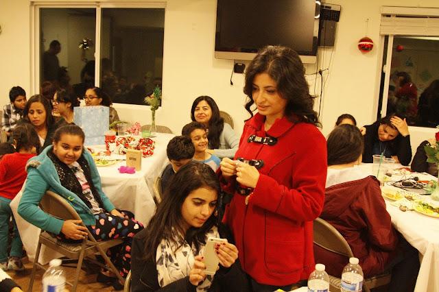 Servants Christmas Gift Exchange - _MG_0883.JPG