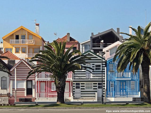 costa-nova-casas-colores.JPG