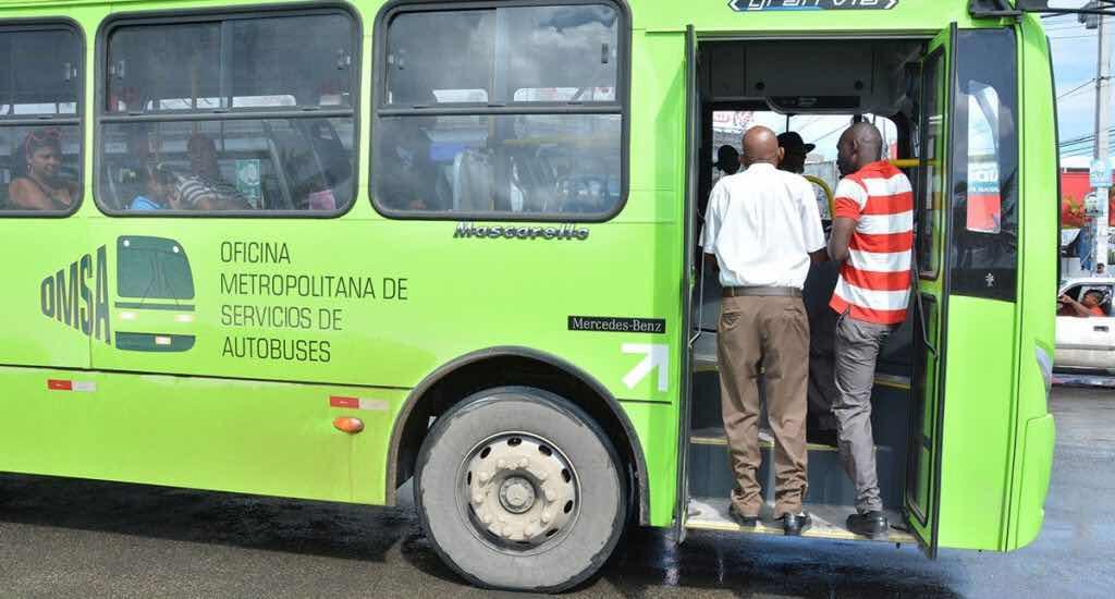 Insólito haitiano roba llave de guagua de la OMSA