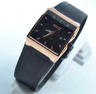 jam tangan Gucci date sandchain