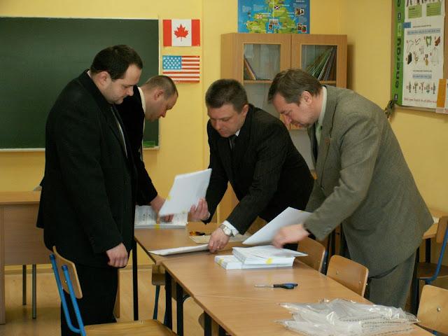 Pierwszy egzamin gimnazjalny w ZS nr 2 w Dukli 2011 - PICT1368_1.JPG