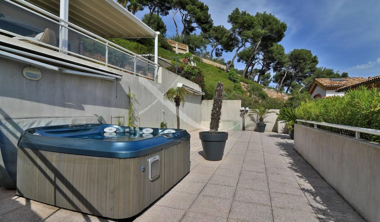 Appartement avec terrasse Carqueiranne