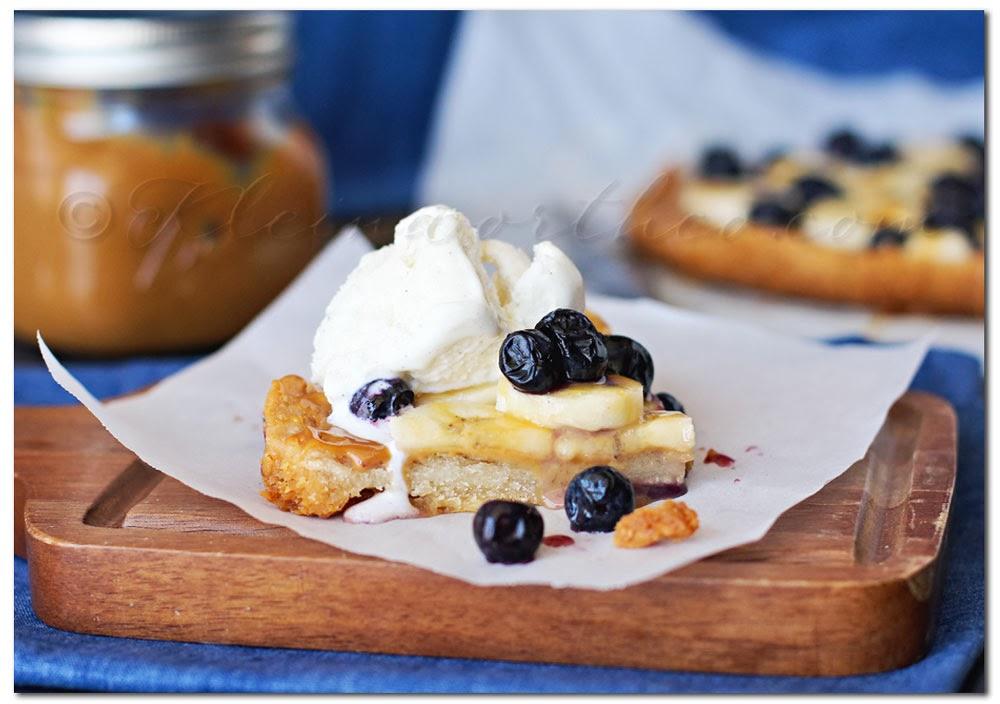 Dulce de Leche Banana Blueberry Pie Bars