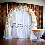 Декорированный столик для выездной церемонии