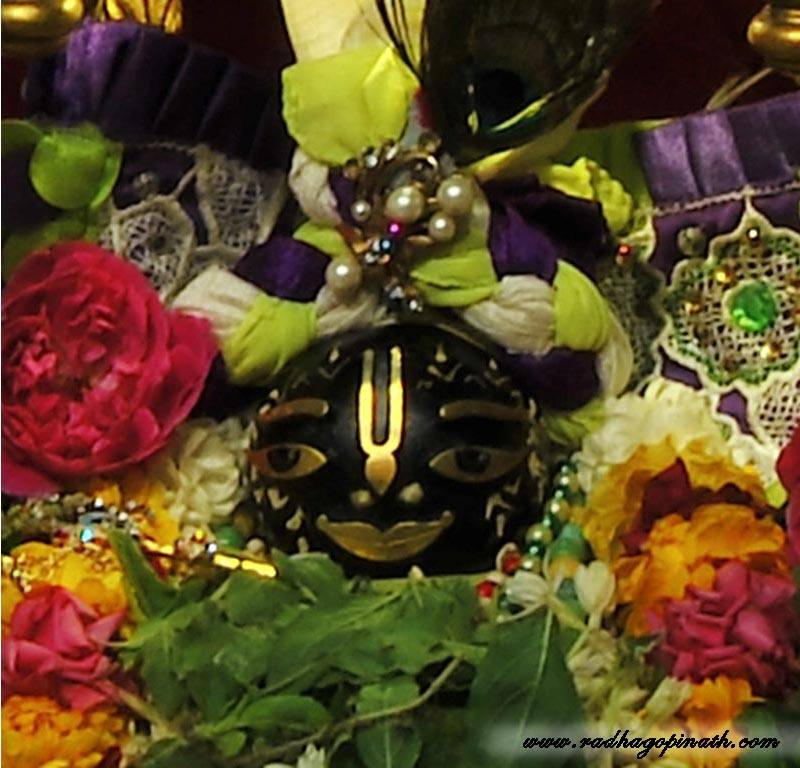 ISKCON Chowpatty Deity Darshan 08 April 2016 (15)