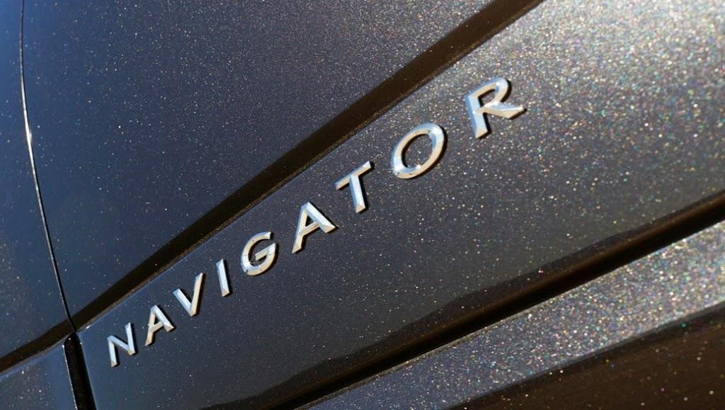 2015 Lincoln Navigator 26