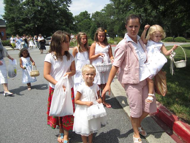 6.26.2011 Boze Cialo - procesja do 4ech oltarzy - IMG_0363.JPG