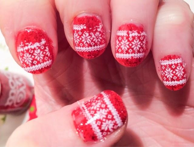 easy-christmas-nail-art