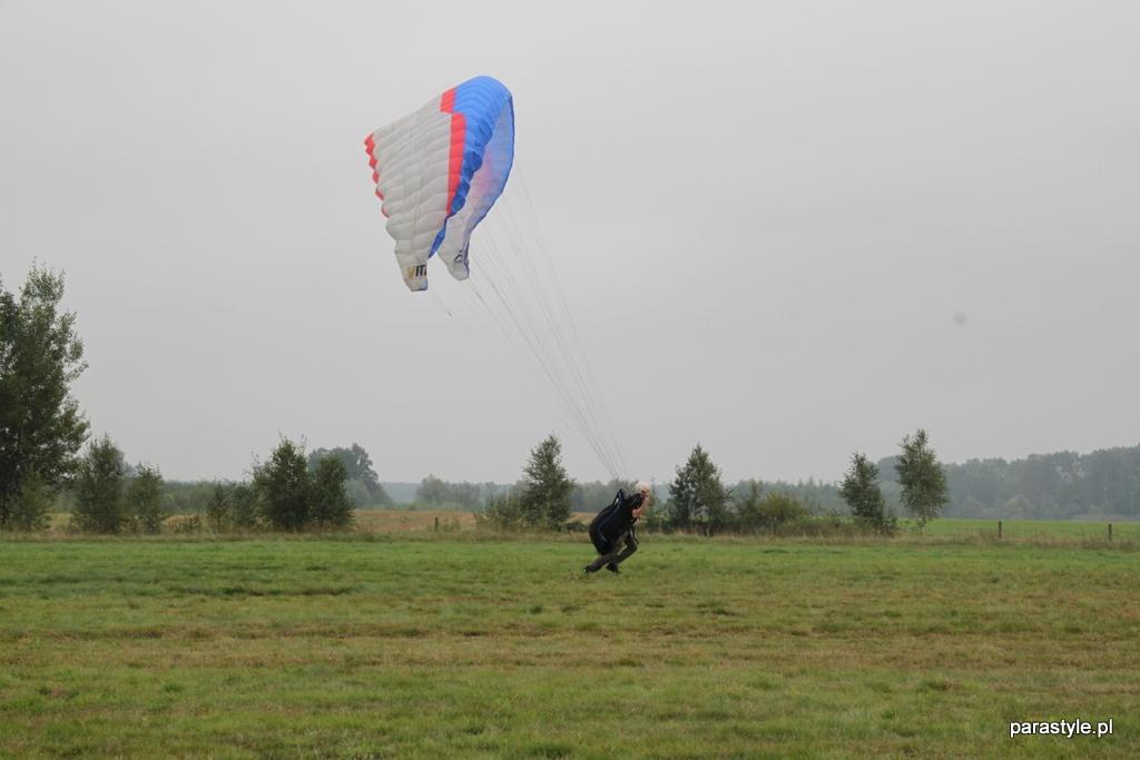 Szkolenia paralotniowe Wrzesień 2012 - IMG_6513.JPG