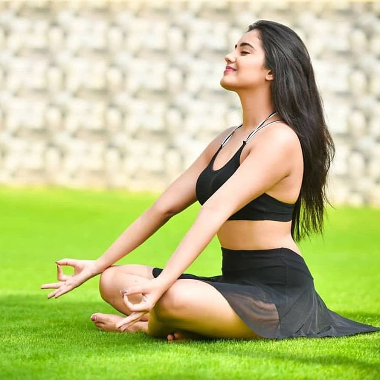 Malvika Sharma latest hot photos  nela ticket actress Navel Queens