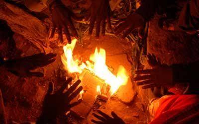 रायबरेली: ज़बरदस्त ठंड से जनमास बेहाल क्षेत्रीय लेखपाल अलाव जलवाने मे फिसड्डी