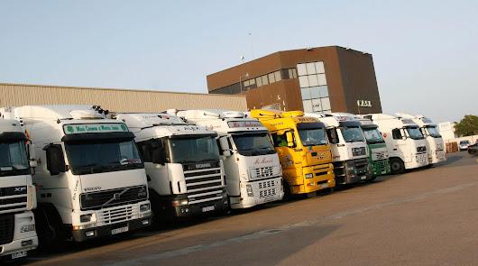 Camioneros de Almería exigen 40 millones a los fabricantes