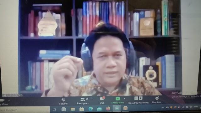 Amir Uniol 4.0 Diponorogo: Its Not Fair! Jika Mengharamkan dan Memusuhi Khilafah