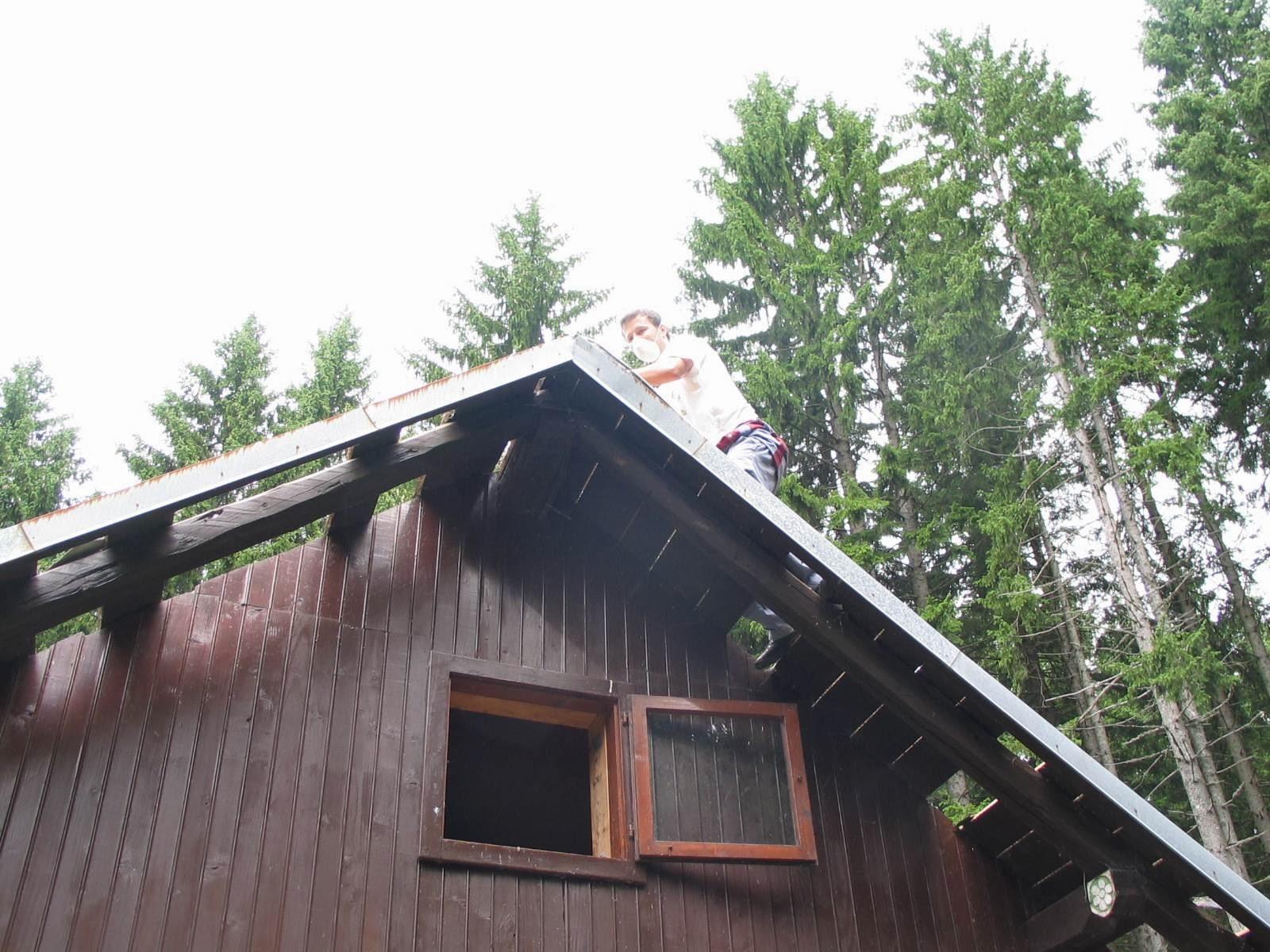 Delovna akcija - Streha, Črni dol 2006 - streha%2B070.jpg