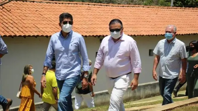 """""""Minha decisão é irreversível"""", diz prefeito de Mundo Novo-BA sobre nota do PSB"""
